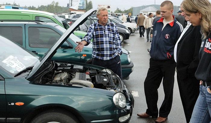 Проверка работы кондиционера при покупке б/у авто