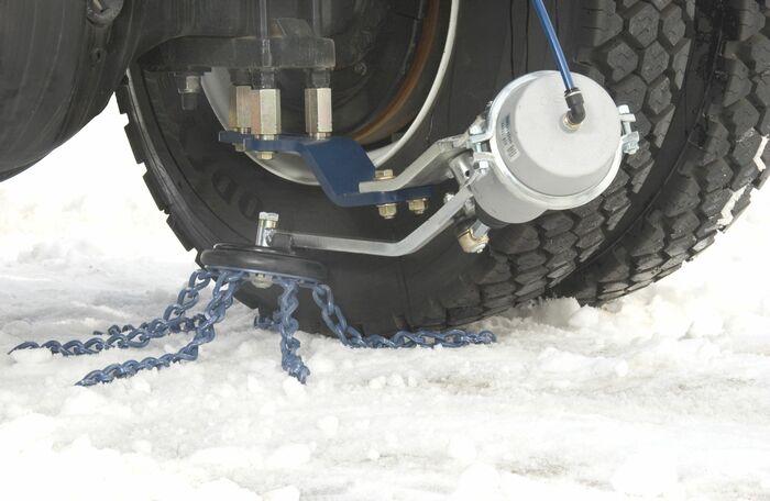 Автоматические цепи противоскольжения для грузовых автомобилей