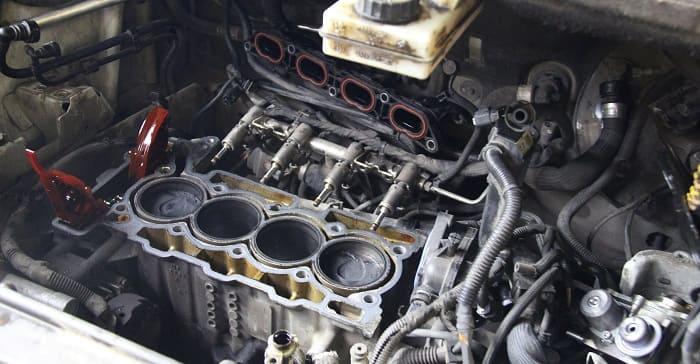 Мотор дымит