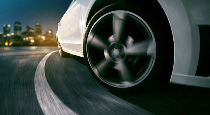 Биение колеса при езде на малой, большой скорости и при торможении