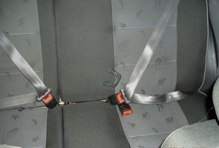 Сидячие места в транспортных средствах
