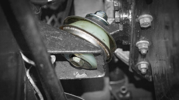 Причины появления или усиления вибрации после замены подушек двигателя