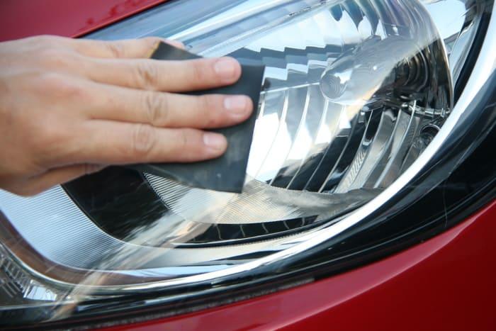 Стоит ли полировать лобовое стекло