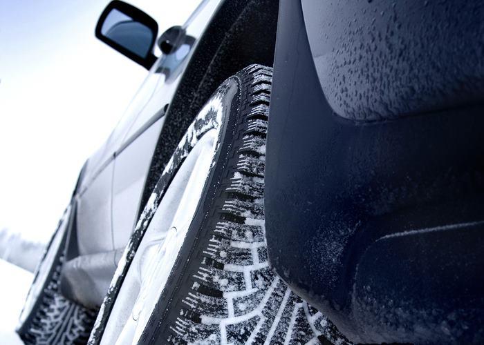 Подсказки и нюансы, как правильно поставить зимние колеса на машину